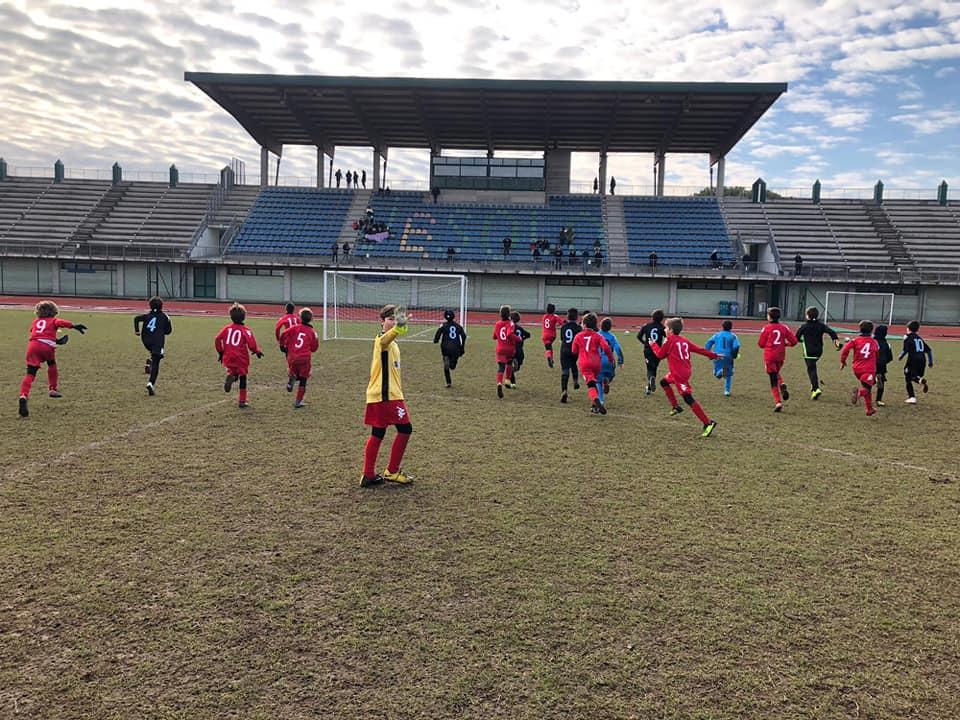Calcio Per Bambini A Padova : Padova calcio e tribuna fattori per la pediatria di padova